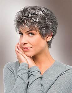 kurze haare grau graue kurzhaarfrisuren