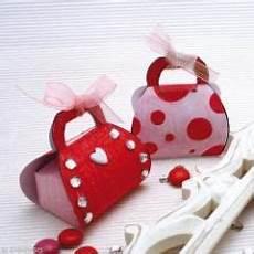 activite enfant pas cher noel fabriquer un sac d emballage de cadeau original