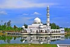 Gambar Masjid Dan 13 Masjid Yang Paling