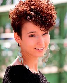 2018 permed hairstyles for short hair best 32 curly short haircut page 5 hairstyles