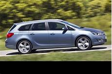 Opel Astra Sports Tourer - auto cars 2011 2012 new opel astra sports tourer unveiled