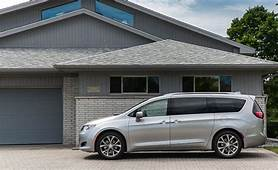 2018 Chrysler Pacifica  Interior Review Car And Driver