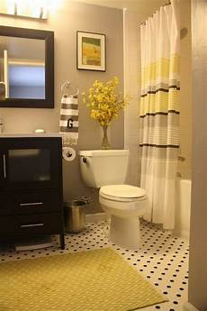 Small Bathroom Ideas Yellow by 22 Bathrooms With Yellow Accents Messagenote
