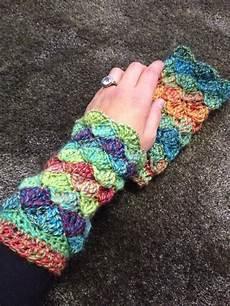 handschuhe stricken ohne finger geh 228 kelte stulpen mit muschelform handarbeit stulpen