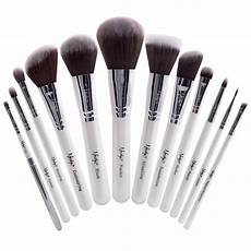 masterful collection pearlescent white brush set
