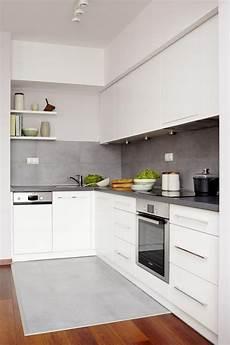 küche fliesen ideen farbgestaltung f 252 r wei 223 e k 252 che 32 ideen f 252 r wandfarbe