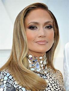 jennifer lopez hot outfits for oscars 2019 scandal planet