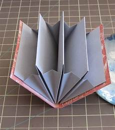 ブック型ホルダー 実用 折り紙 デスクで活躍 ペン立て 小箱 ファイルboxの作り方 naver まとめ