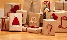 Geschenke Verpacken Weihnachten - inexpensive gift wrap ideas using yarn the shady acre