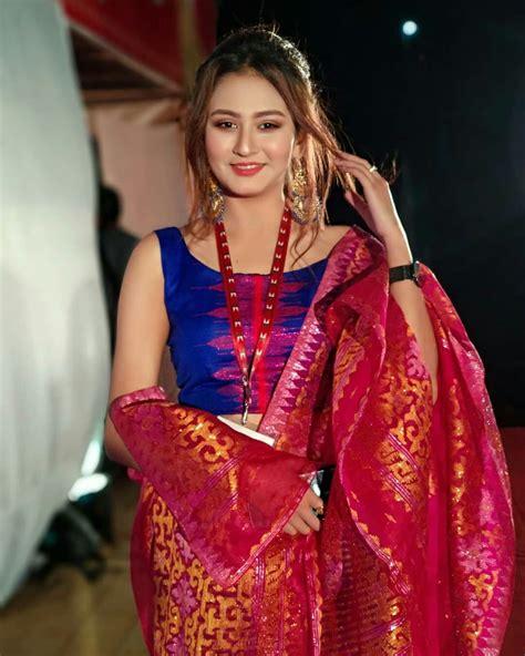 Indian Teen Girl Pic