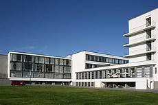 walter gropius bauhaus building dessau germany 1925
