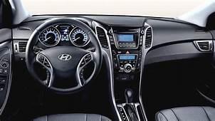 Hyundai I30 2015 Dimensions Boot Space And Interior