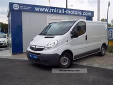 2010 Opel Vivaro Photos Informations Articles