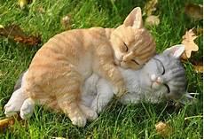 Deko Katze Garten - nanook gartenfigur schlafende katzen tierfigur garten deko