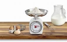 utensili da cucina particolari utensili da cucina gli indispensabili la casa in ordine