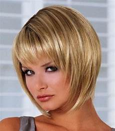 2019 popular short layered bob hairstyles for fine hair
