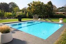 piscine coque carrée alarme piscine carre bleu