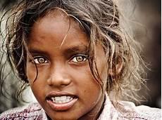 Schwarzer Mit Blauen Augen - beautyisintheeyesofme beautiful eye color