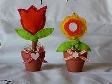 fiori in panno l angolo di stefania vasetti con fiore in pannolenci