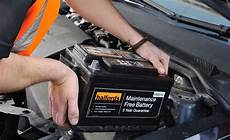 ford s max batterie halfords advice centre halfords car battery fitting service