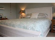 measurements of queen bed mattress