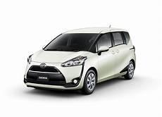 Toyota Sienta Image