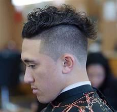 11 Coole Lockige Frisuren F 252 R M 228 Nner Coole Frisuren