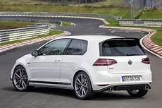 New Vw Golf Gti Clubsport S Smashes Fwd Ring Record