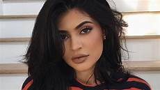 Kylie Jenner Kuwk Kylie Jenner S Record For The Most Liked Post On