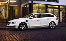 volvo hybride rechargeable volvo v60 hybride rechargeable voiture mondiale verte de 2013 guide auto