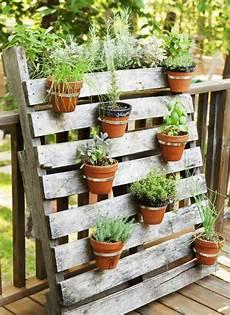 pot de fleur en palette 421 best images about jardinage on coins