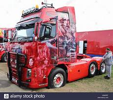 volvo trucks massy beautifully painted volvo tractor unit articulated lorry