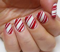 15 lovely christmas candy cane nail designs