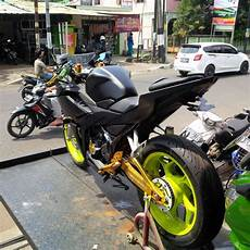 All New Cbr 150 Modif Jari Jari by Modifikasi All New Honda Cbr150r Facelift 2016 Hitam Pakai