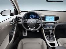 Hyundai In Ioniq Mit 63 Km Elektro Reichweite