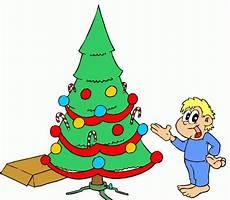 Malvorlagen Weihnachtsbaum Junge Junge Und Weihnachtsbaum Ausmalbild Malvorlage Comics