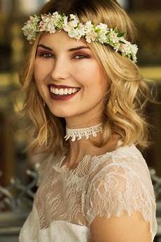 Blumenkranz Haare Echte Blumen - nyven in 2019 bridal crowns blumenkranz hochzeit