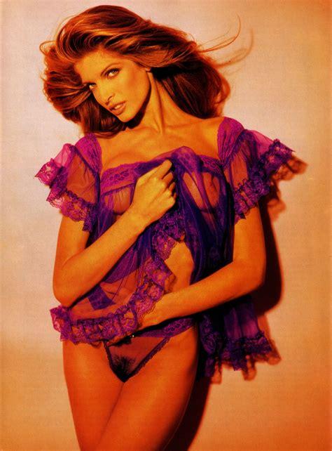 Stephanie Martin Nude