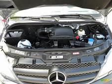 2011 Mercedes Benz Sprinter 2500 Passenger Van 30 Liter
