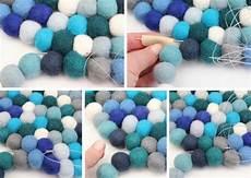 Filzkugelteppich Selber Machen - filzkugelteppich rund selber machen anleitung zusammen