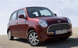 Daihatsu Trevis Amazing Pictures & Video To