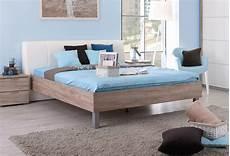 tete de lit fait soi meme comment fixer des pieds de lit sur un sommier but
