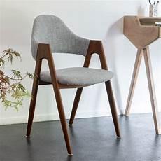 chaise en tissu gris chaise en tissu gris clair pi 232 tement bois fonc 233 gonzague