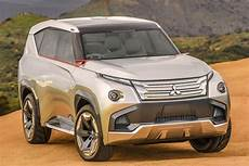 hybrid suv 2018 2018 mitsubishi pajero redesign release new hybrid suv