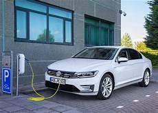 voiture hybride volkswagen volkswagen 20 hybrides et 233 lectriques en 2020 voitures hybrides rechargeables volkswagen