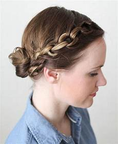 20 easy updos for medium hair