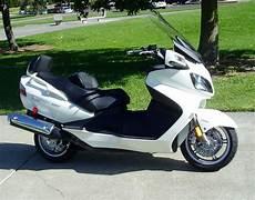 scooter burgman 650 test ride 2010 suzuki burgman 650 executive nikjmiles