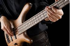 how to play a bass guitar getting ready for the gigs things i care before the performance justin mj