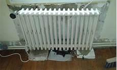 d 233 monter vieux radiateur en fonte