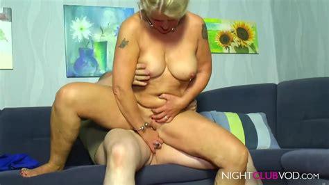 Caroline Beil Nackt